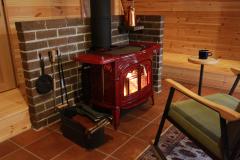 コテージトントゥの庭 - 暖炉